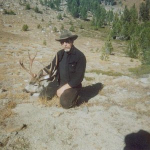 "My personal biggest buck 170"" muley 2004"